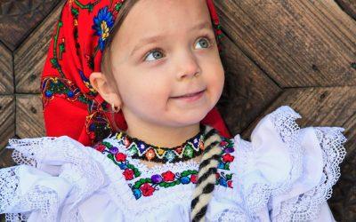 Copilăria la țară în satul momârlănesc