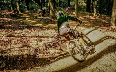 Ciclism montan în STRAJA