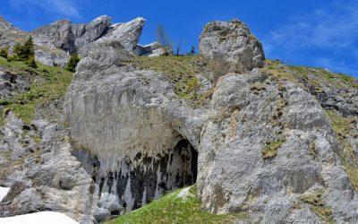 Urieșii din Valea HIPERBOREEI