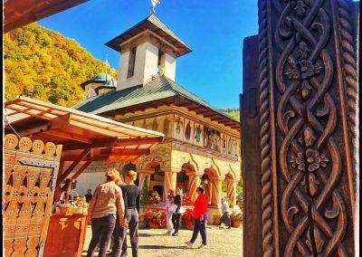 Mănăstirea LAINICI 15